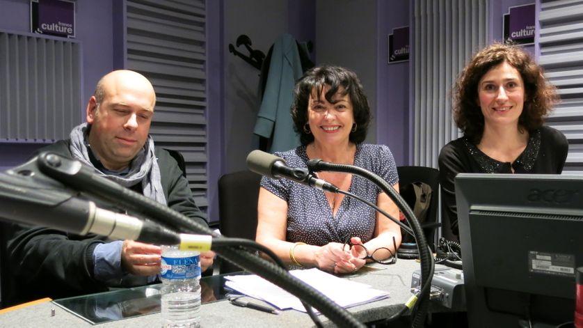 Ambiance détendue dans le studio 153 de France Culture, en compagnie de Sylvain Maurice, Aline Pailler & Bérangère Vantusseau