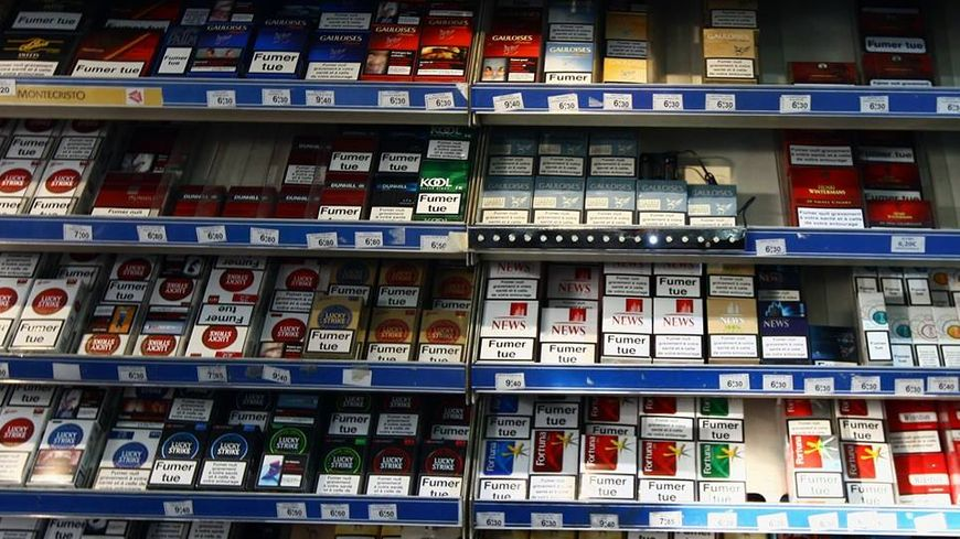Les paquets de cigarettes seront peut-être bientôt tous les mêmes