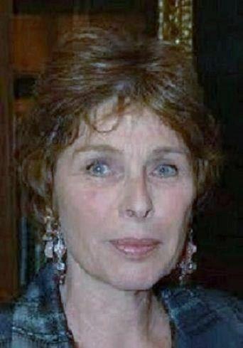 Françoise Canetti dirige le label Jacques Canetti, les Editions Majestic et la direction du théâtre des Trois Baudets.