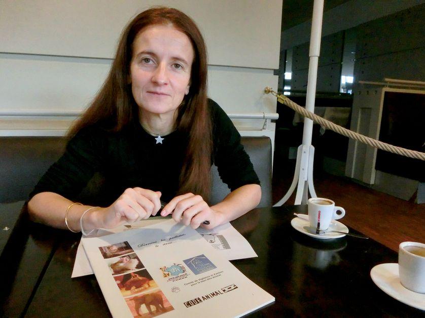 Véronique Papon, membre de l'association Code Animal.