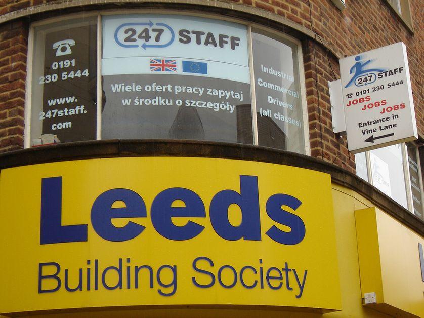 Annonce d'emploi en polonais de Leeds Building Sty, pour les travailleurs migrants, Newcastle (GB)