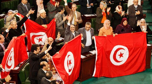 La nouvelle constitution tunisienne a été adoptée