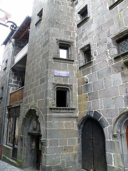 Maison dite de la Reine Margot, dans le vieux bourg