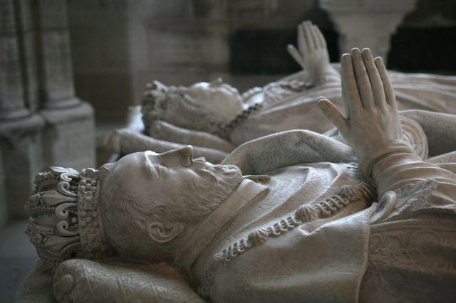 Gisant de Henri II et Catherine de Médicis dans la basilique Saint-Denis - 1583