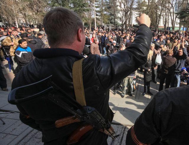 A Simféropol, dasn la péninsule de Crimée, manifestation de partisans de Ianoukovitch