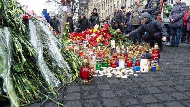L'hommage au morts de la place Maîdan
