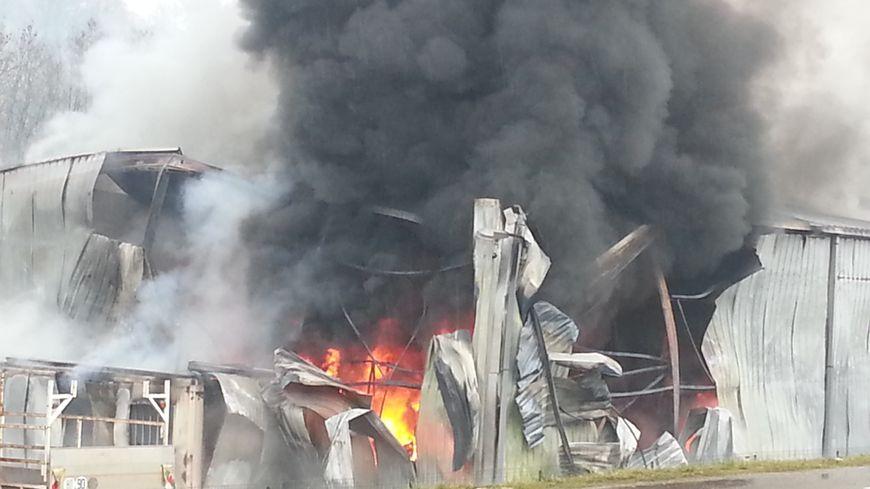 Incendie dans l'atelier de l'entreprise Fariney Carminati d'Héricourt