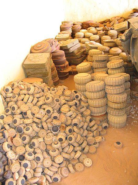 Les mines dans les sables du Sahara