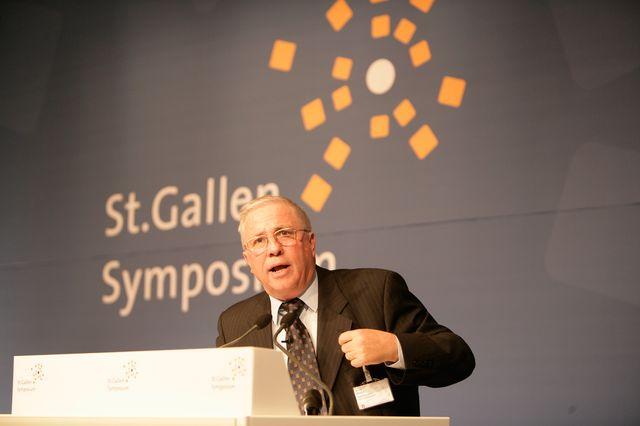 Christoph Blocher en mai 2006 au 36ème Symposium de Saint-Gall (Université de St-Gall en Suisse)