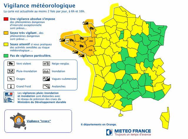 Alerte orange maintenue sur les départements bretons