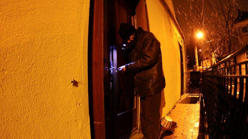Face à la hausse des cambriolages, les gendarmes haut-savoyards renforcent les patrouilles de nuit