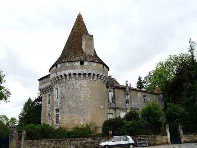 Javerlhac (Dordogne) - Le Château