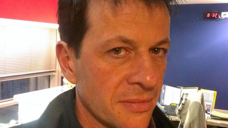 Yannick Francès de la FDSEA Dordogne, dans les studios de France-Bleu Périgord