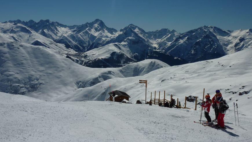 La descente du glacier de Sarenne à l'Alpe d'Huez, mars 2014.