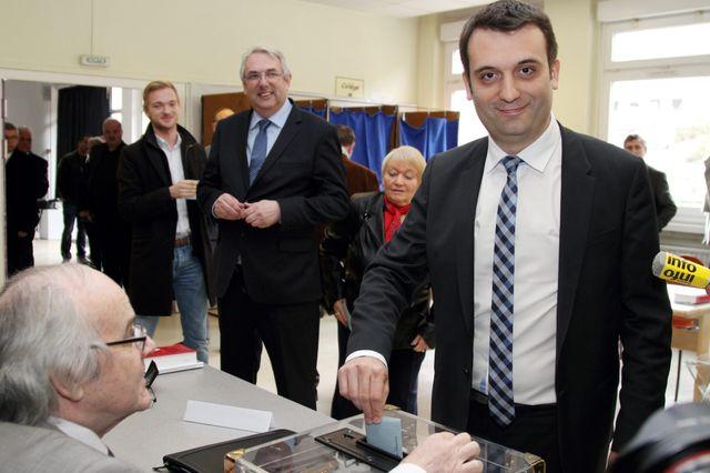 Florian Philippot vote à Forbach