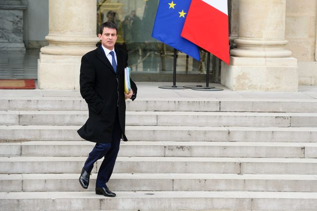 Manuel Valls prend la place de Jean-Marc Ayrault à Matignon