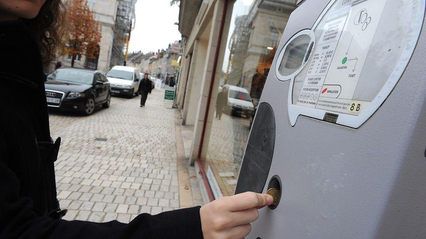 Dans certaines villes, le prix du stationnement a augmenté de plus de 60%