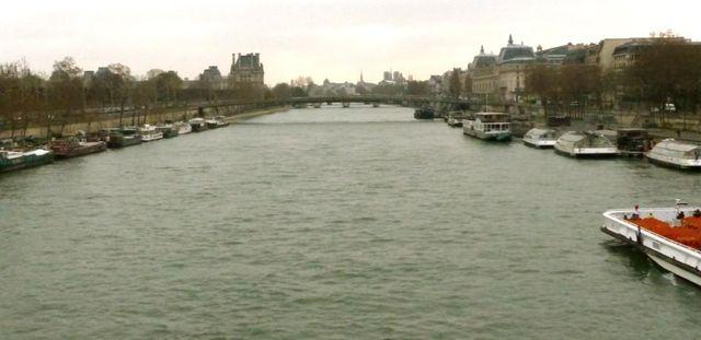 Prise de vue du lundi 17 mars depuis le pont de la Concorde
