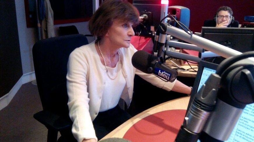 MIchèle Delaunay, en direct dans les studios de France Bleu Gironde