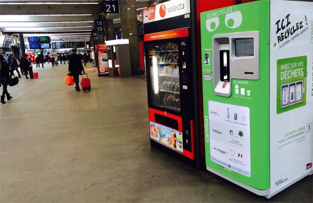 La machine Canibal à la gare Montparnasse