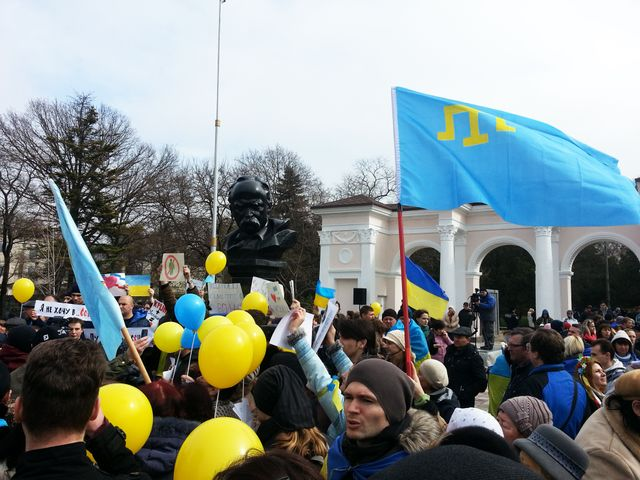 Manifestations pro-ukraine en Crimée