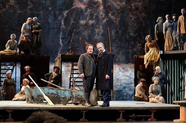 Alan Oke (Peter Grimes) et Colin Judson (Boles) © Jean-Pierre Maurin