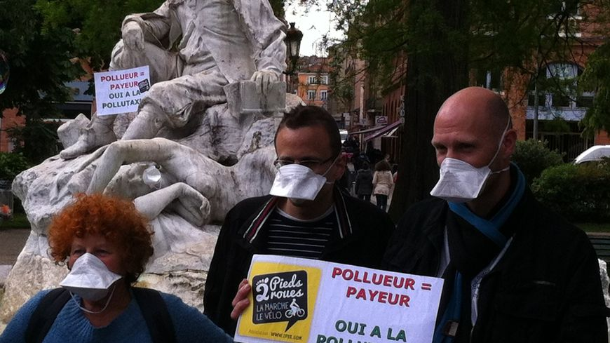 FBToulouse manif pollutaxe