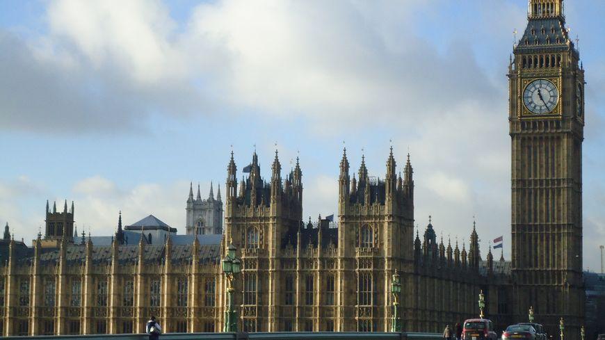 Big Ben et la Palais de Westminster, siège du parlement britannique, à Londres.