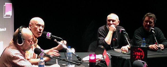 De gauche à droite :  Michel Slotovski (intreprète), James Ellroy, Jean-Paul Gratias et François Guérif