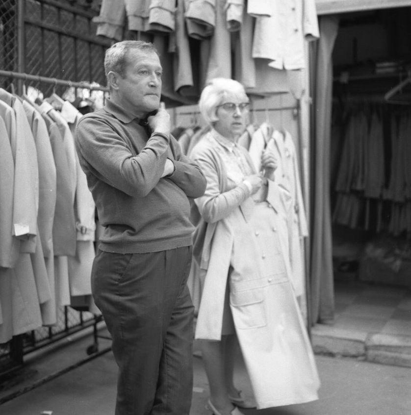 Dora et Georges Kolinka en 1968 au Carreau du Temple
