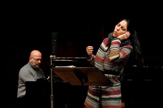 Vivica Genaux, mezzo-soprano