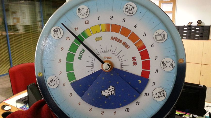 L'un des modèles d'horloge à 24heures  imaginée par Hélène Mentet