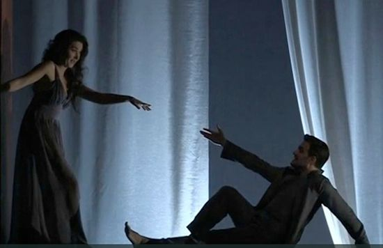 Mélisande (Stéphanie d'Oustrac) et Pelléas (Armando Noguera)