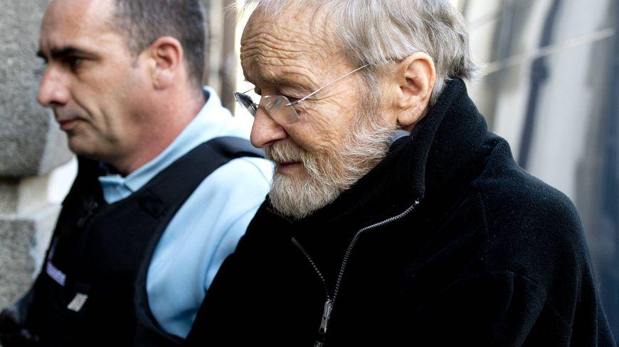 Maurice Agnelet à son arrivée au procès