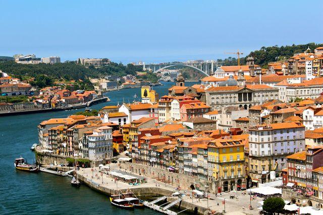 Des « Visas dorés » au Portugal pour sortir de la crise