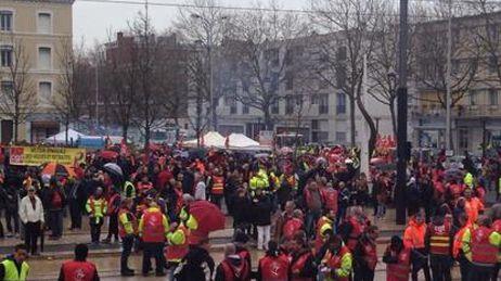 Rassemblement de soutien devant le palais de justice du Havre ce mardi.