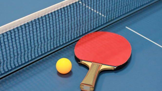 On estime que le tennis de table est pratiqué par cent millions de personnes en Chine.