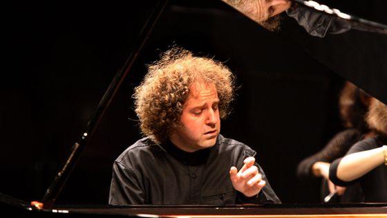 Le pianiste Nicolas Stavy jouera l'intégralité des Heures dolentes de Gabriel Dupont, cycle de 14 pièces pour piano. (© MaxPPP)