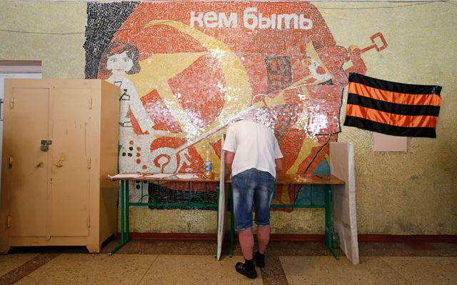 """""""Un vote à la soviétique"""" selon Oleg"""