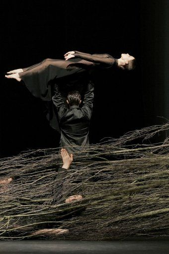 Orphée et Eurydice de Gluck, opéra dansé de Pina Bausch