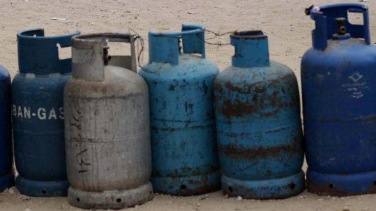 Le père de famille a menacé de faire exploser une trentaine de bouteilles de gaz.