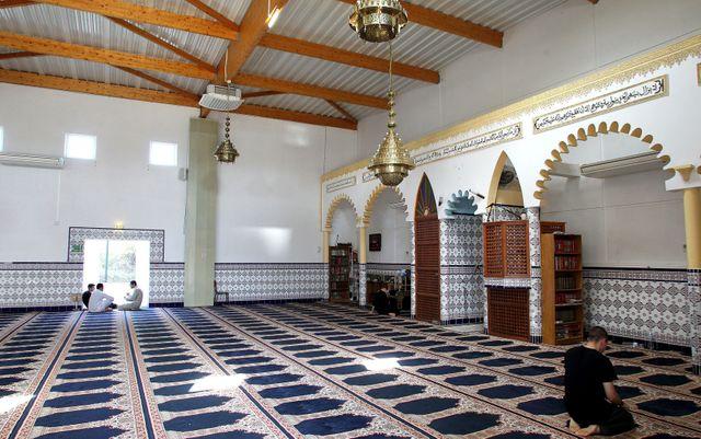 Priere à la Mosquée de la Paillade à Montpellier
