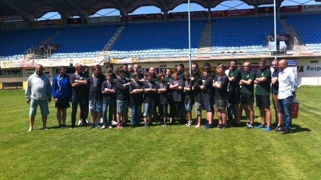 Les joueurs de Lviv sur la pelouse de l'USAP