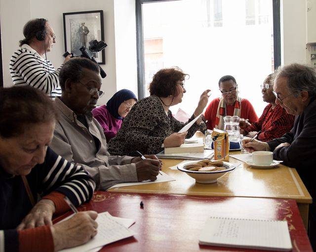 Atelier d'écriture - café social AyyemZamen - Bahia, Souleymane, Lila, Michèle, Jocelyne, Alexandre..