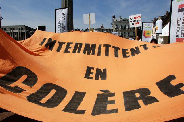Les intermittents multiplient les actions pour rouvrir les négociations sur l'assurance chômage.