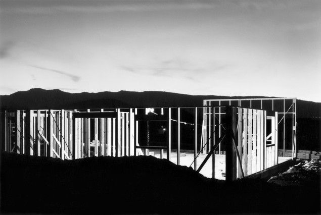 Lewis Baltz Night Construction, Reno Nevada, 1977 Bruxelles, Fondation A Stichting