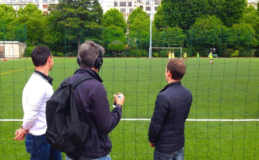 Thibault et Bruno, agents de footballeurs en plein boulot