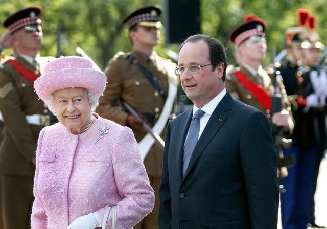 La reine Elisabeth II a eu droit à une cérémonie à l'Arc de Triomphe