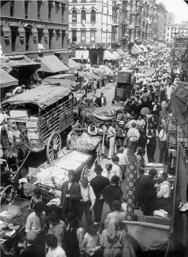 New York City, Hester Street in Manhattan 1903
