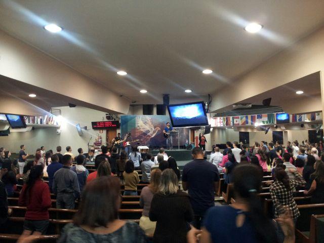 Messe dans une église évangélique de Belo Horizonte
